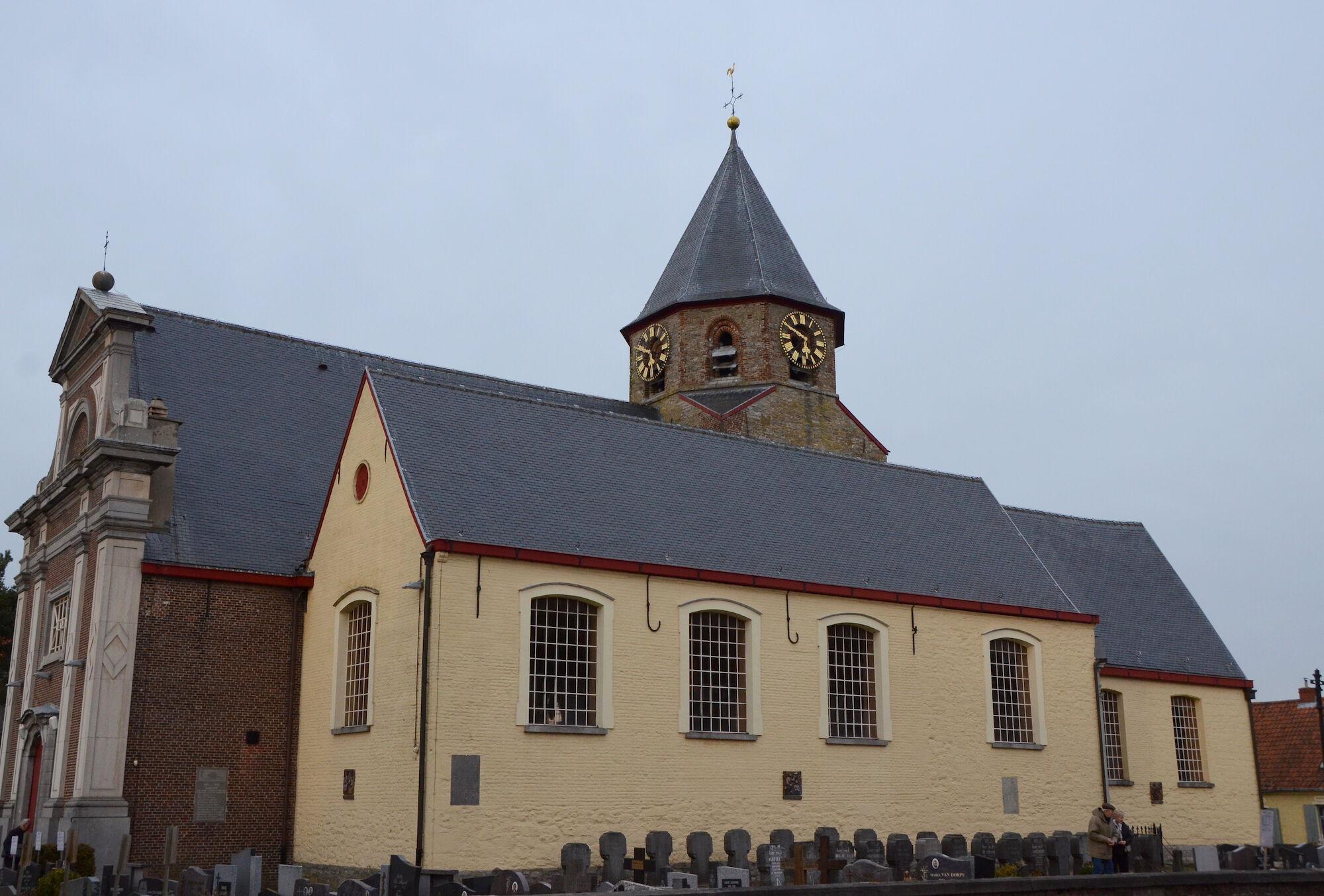 Sint Jan Baptist kerk Ouwegem