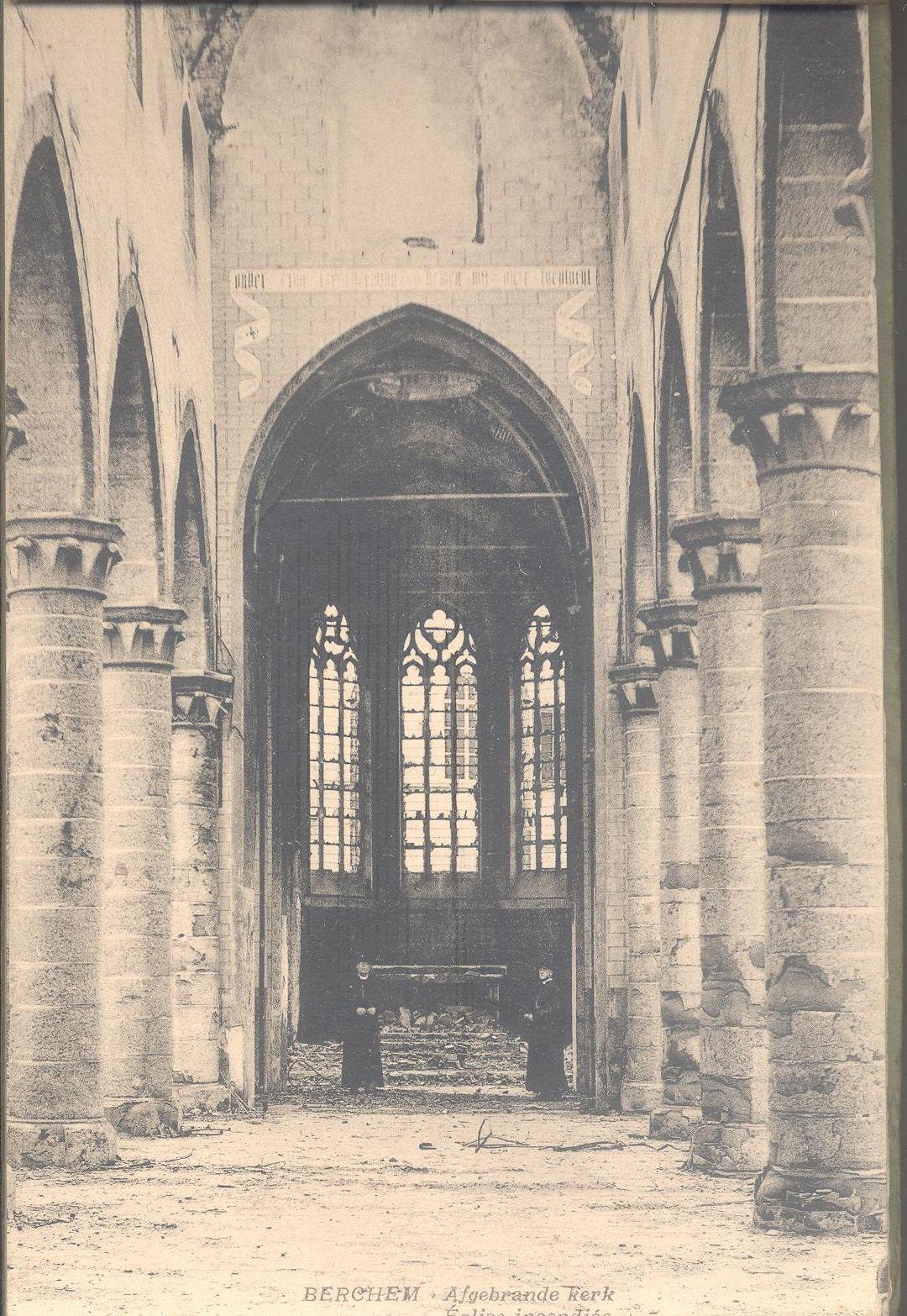 Kerk van Berchem uitgebrand