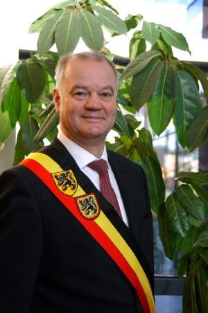 Burgemeester Filip Thiepont