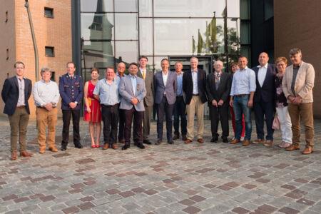 Uitreiking diploma's van Het Vlaams Kruis en de brevetten aan de Laureaten van de Arbeid