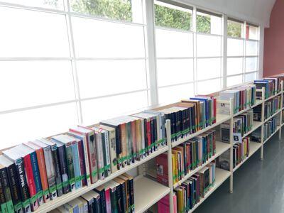 Fictieafdeling bibliotheek 2