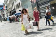 COM_20210529_Shoppen in Stationstraat_0005.jpg