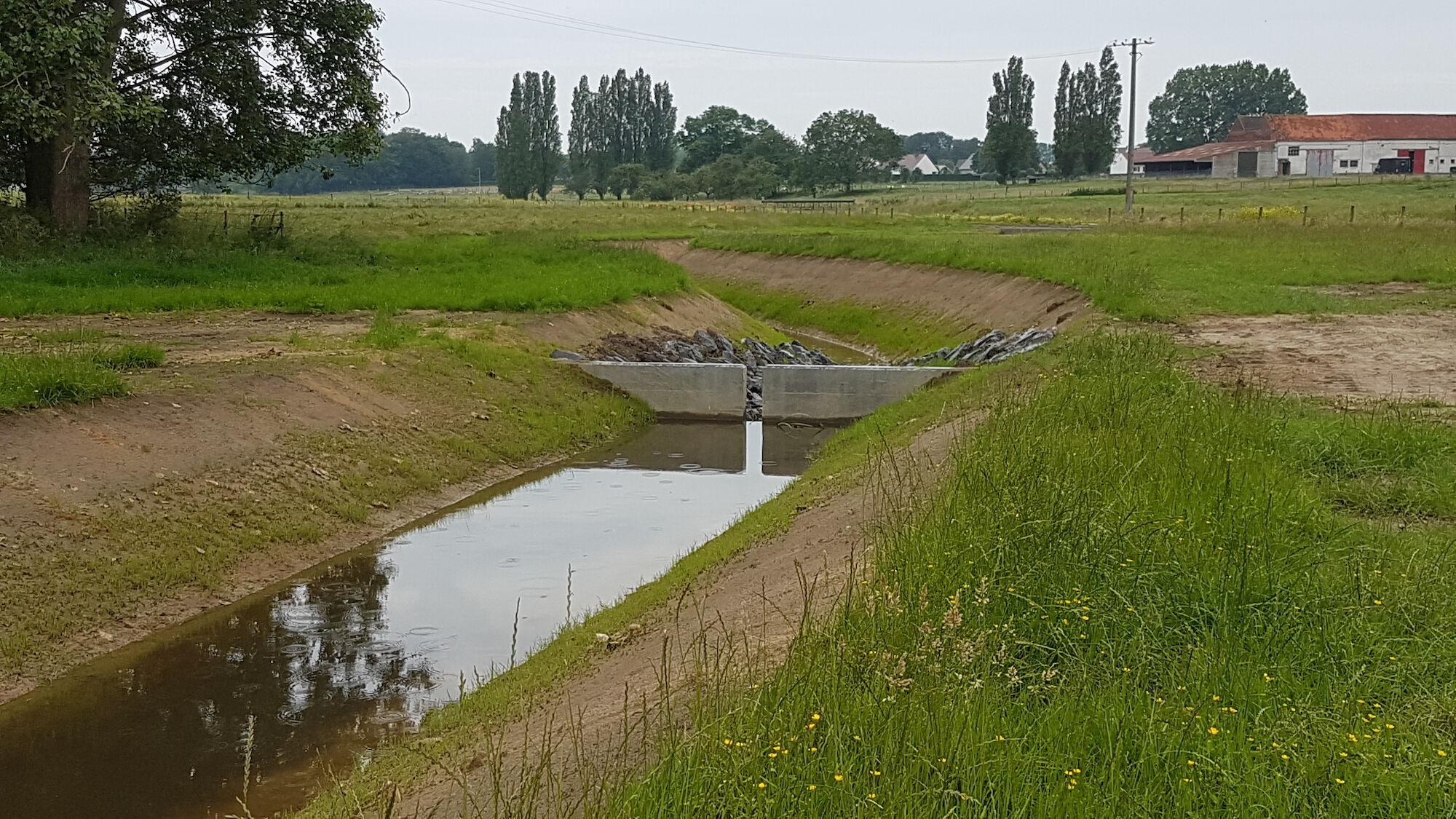 Speyebeek in open tracé te Kortemark