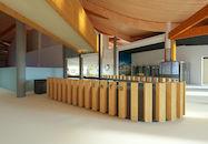 Onthaalbalie in bezoekerscentrum Duinpanne.