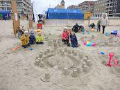 Guido Van der Elst - Familie Paul op jaarlijkse zee uitstap